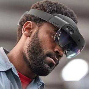 HoloLens2 от Microsoft